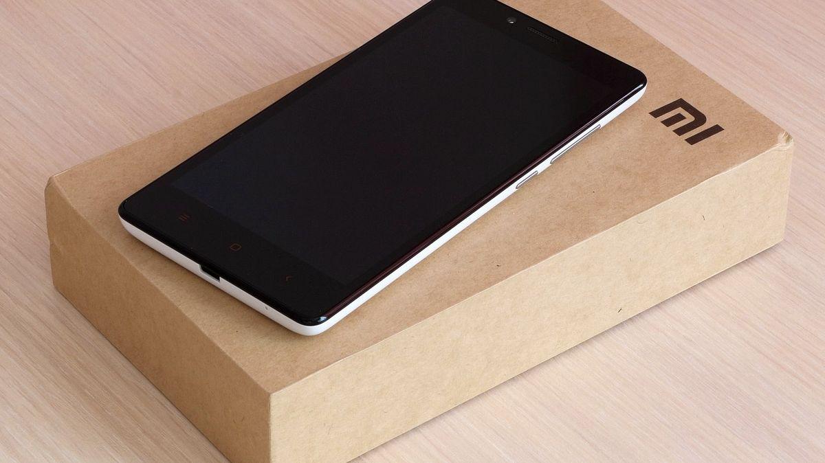 Mobily Xiaomi vyhoďte a už nekupujte, vyzývá Litevce tamní vláda
