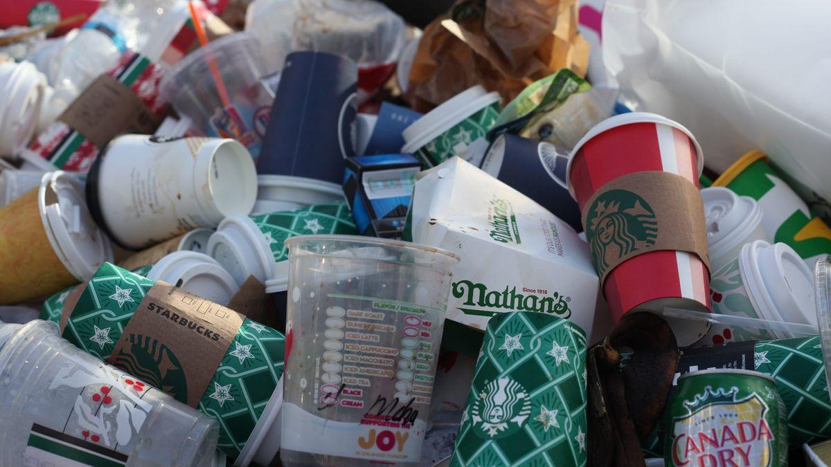 Vakci Ukliďme svět lidé zatím posbírali sedmdesát tun odpadu