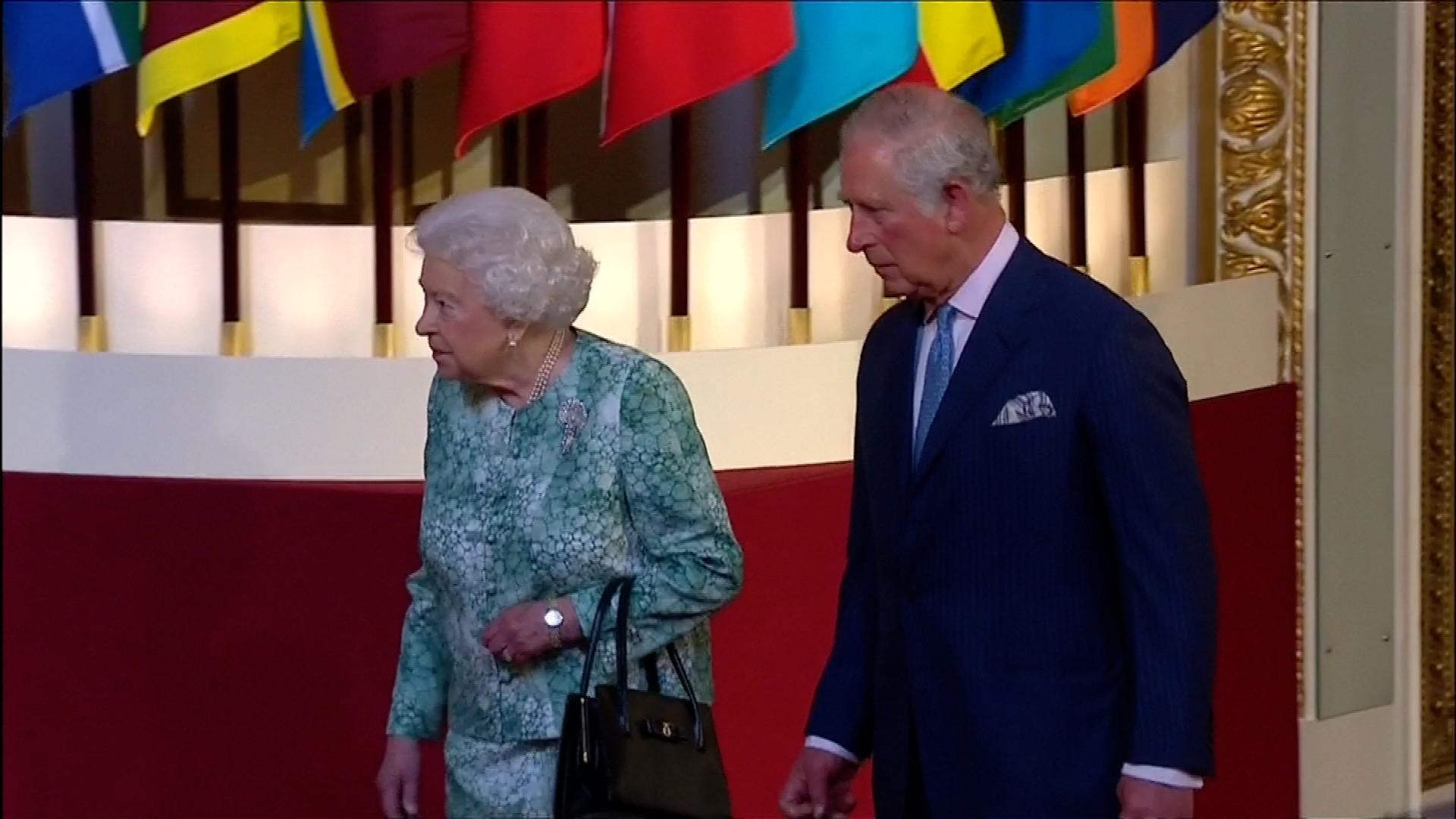 V Londýně se sešel Commonwealth. Kromě životního prostředí se otevře i otázka, kdo bude hlavou společenství
