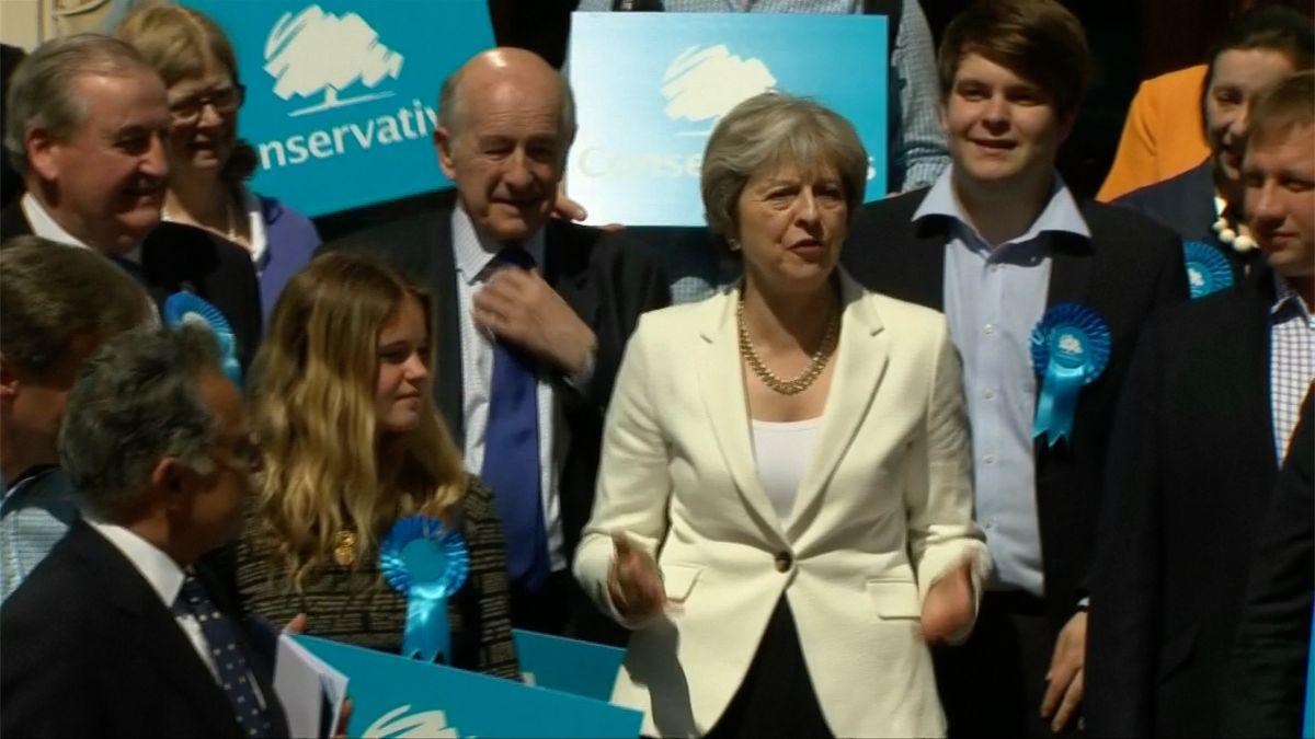 Velká Británie požádá Evropskou unii o prodloužení pobrexitového období