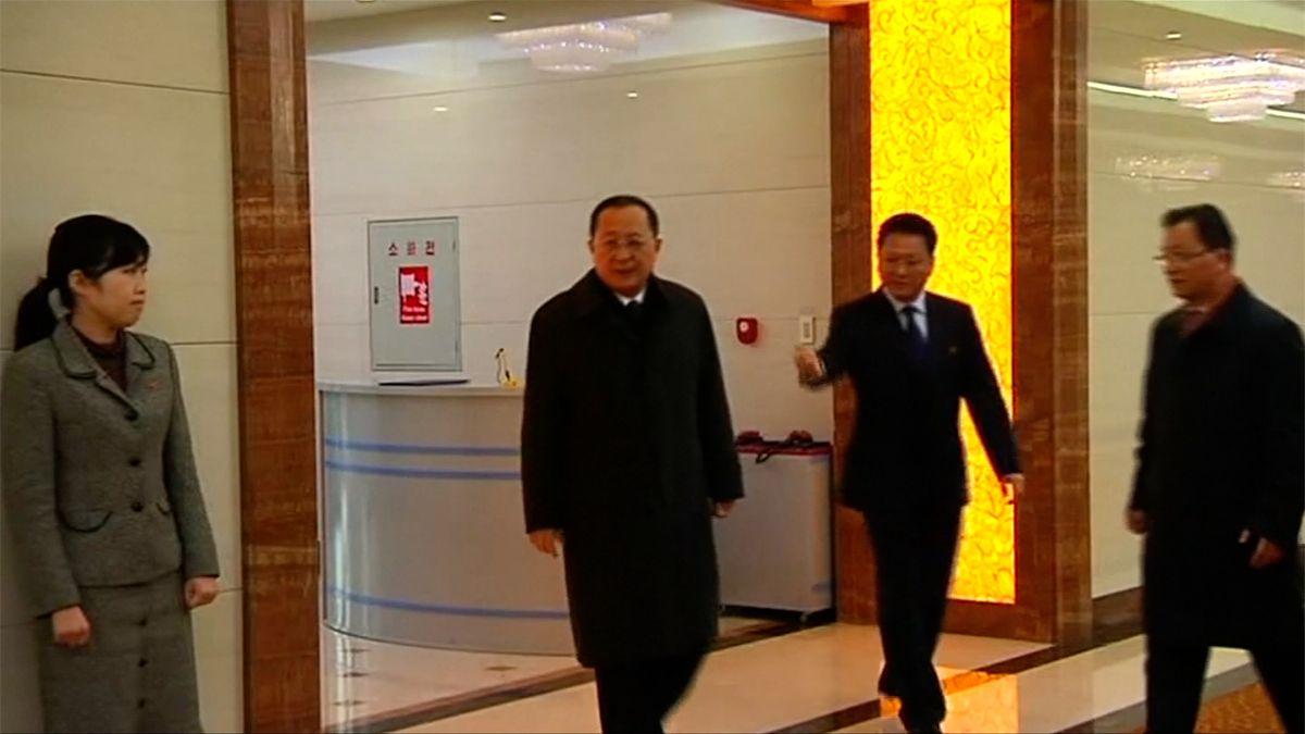 Šéf severokorejské diplomacie je na návštěvě Švédska, má tam jednat o historické schůzce KLDR a USA