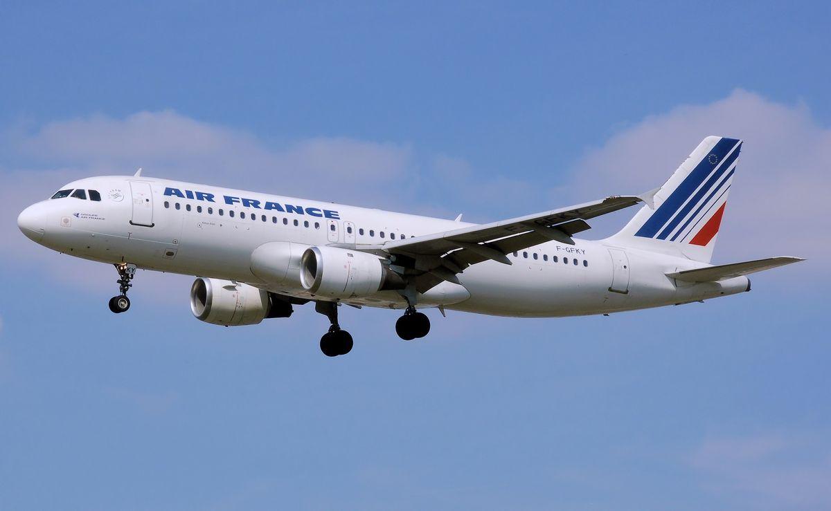 Zaměstnanci aerolinek Air France odmítli zvýšení platu, ředitel poté oznámil rezignaci