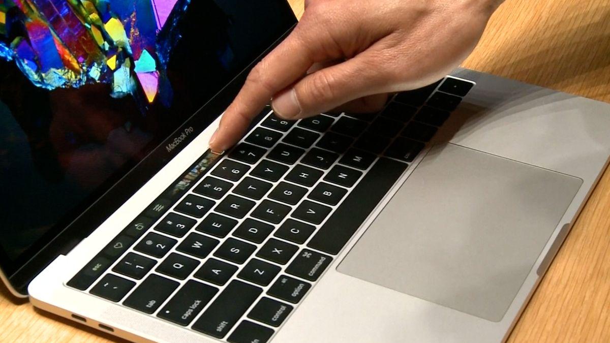 Bloomberg: Apple chce používat vlastní počítačové čipy, doplatí na to Intel