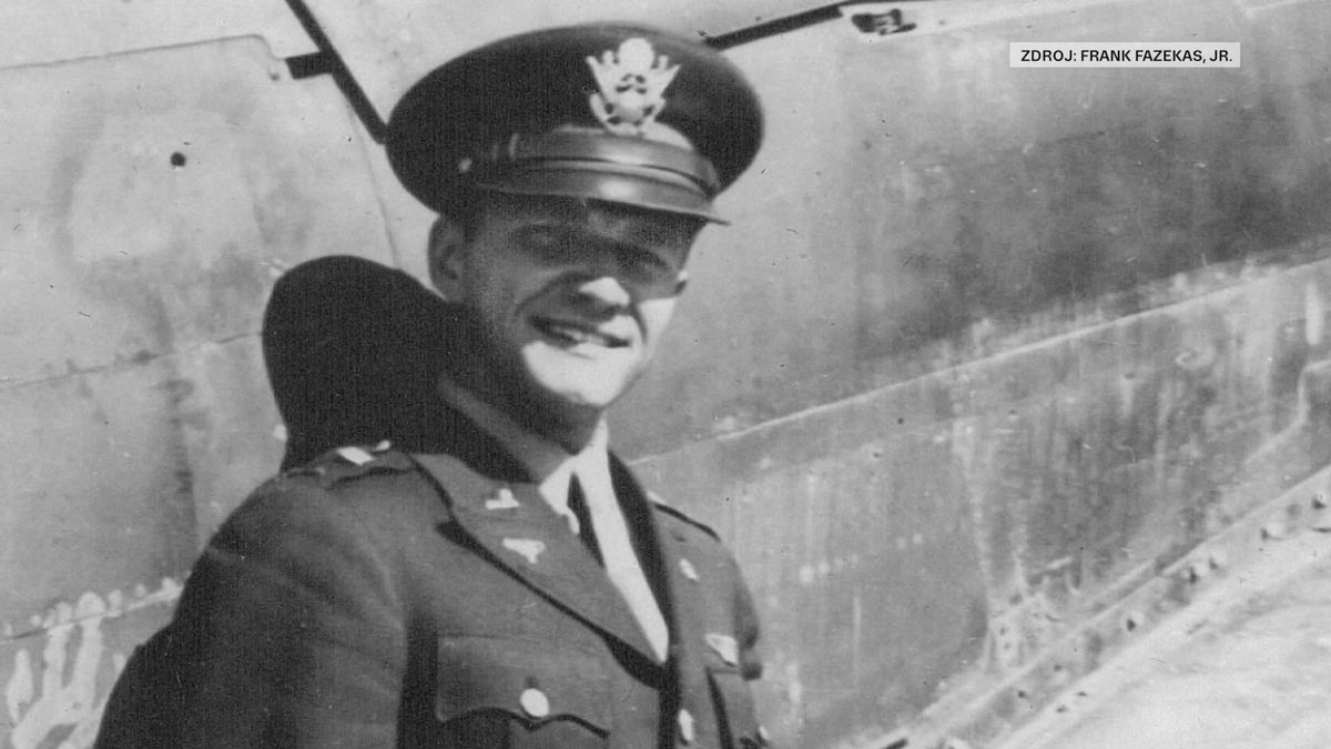 Padlý americký pilot bude po 74 letech pohřben ve vlasti. Vědci našli ve Francii jeho letoun
