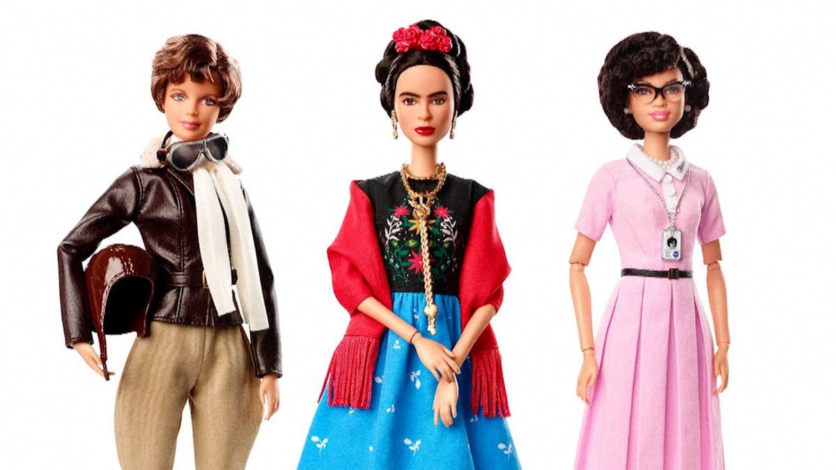 Boxerka, pilotka nebo matematička. Nová edice Barbie bourá ženské stereotypy