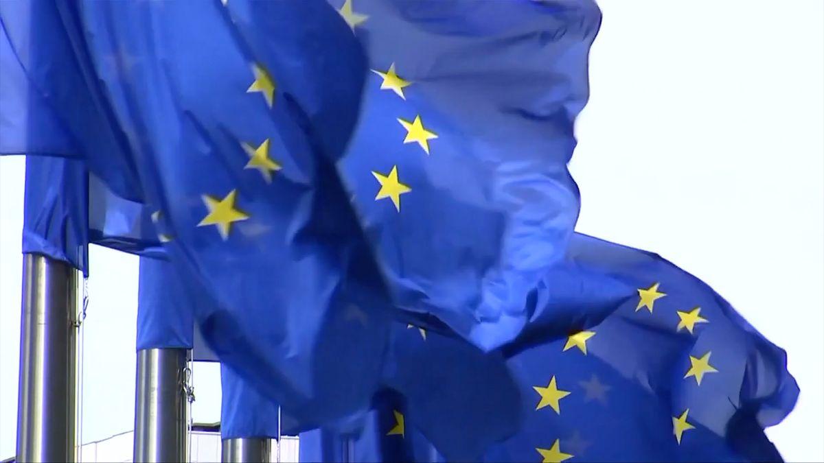 Soud EU: Irsko nemusí vyhovět zatykači vydanému v Polsku