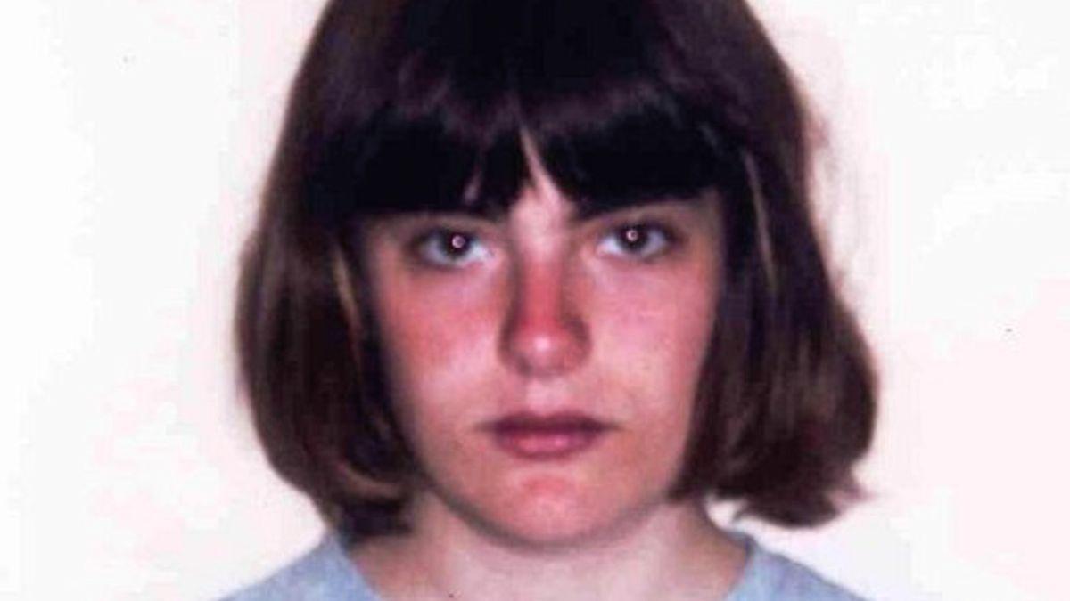 """Dívka unesená vlastní matkou do Lichtenštejnska žaluje ministerstvo, kraj a školu za """"znemožnění existence"""""""