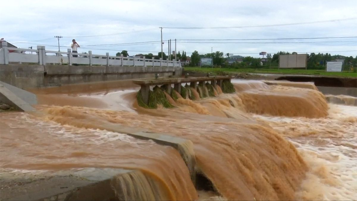 Deště zaplavily čínskou provincii Chu-pej, úroda je v ohrožení