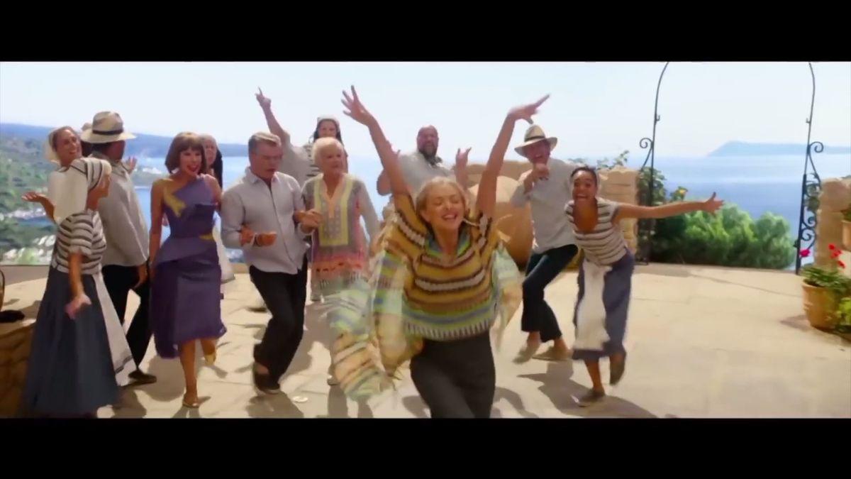 Mamma Mia! je po 10 letech zpět! Pokračování filmového muzikálu znovu láká na Streepovou a hity skupiny ABBA