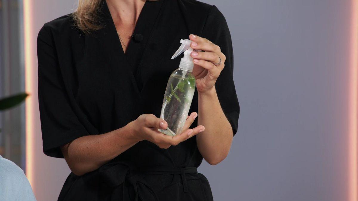 Horko nás už nedostane. Ochlaďte se bylinkovým sprejem. Jak si ho snadno vyrobit?