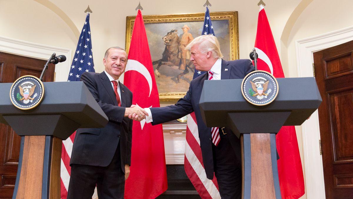 Trump zdvojnásobil cla na tureckou ocel a hliník