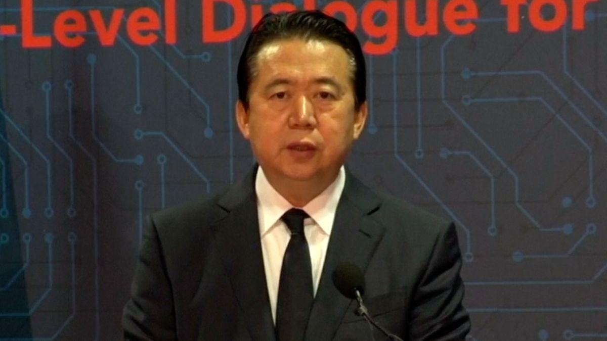 Čína prý zadržela bývalého šéfa Interpolu, protože přijímal úplatky