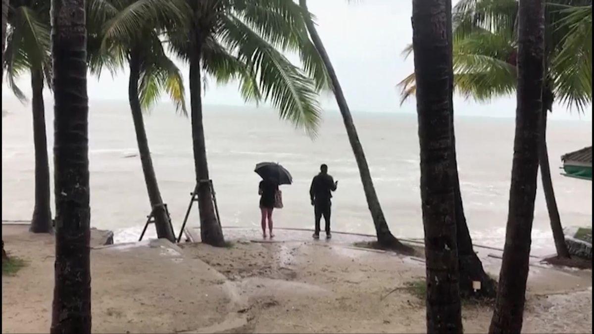 Tropická bouře Pabuk má první oběť, voblasti je 2500Čechů