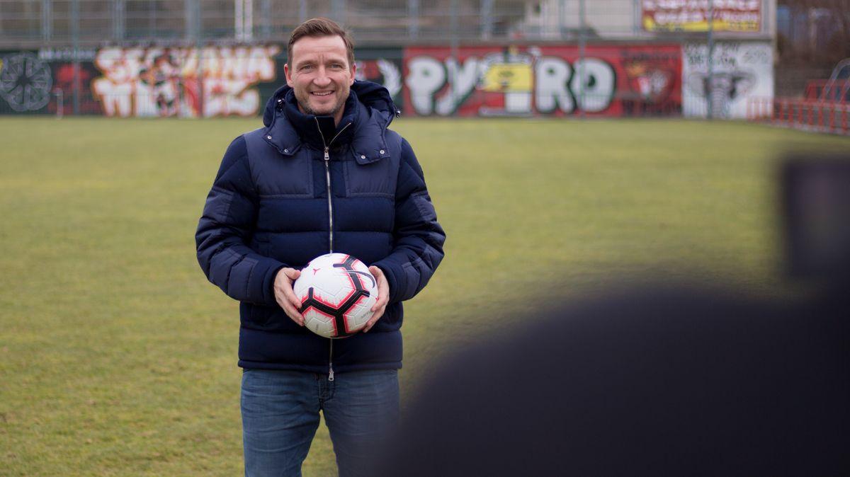 Moje místa: Měl jsem strach, jestli to moje fotbalové umění bude stačit na Prahu, vzpomíná na své začátky Vladimír Šmicer
