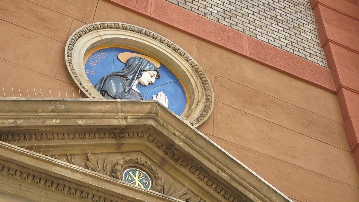 Církev čelí novým nařčením. Tentokrát ze sexuálního obtěžování