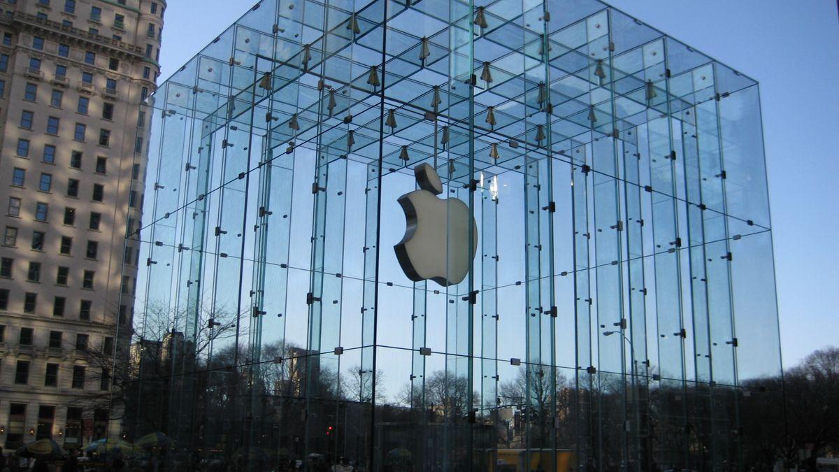 Apple dostal pokutu 25milionů eur kvůli zpomalování iPhonů