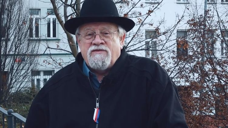 Glosa Daniela Kroupy: Jaký mají smysl protivládní demonstrace?