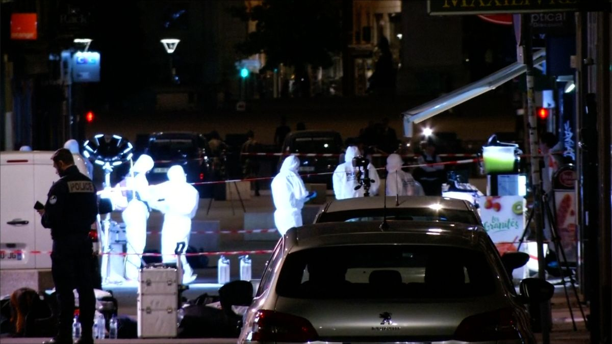 Výbuch vLyonu vyšetřuje protiteroristická jednotka, počet zraněných se zvýšil na 13