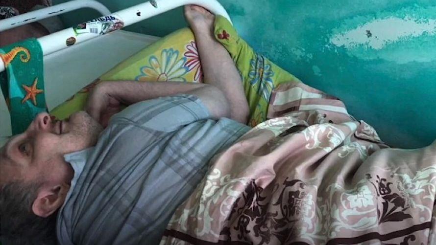 Špína za nehty a sprcha jednou týdně: ruské léčebny jsou jako gulagy