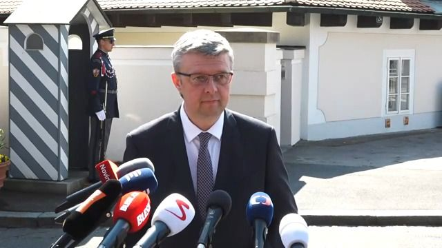 Příští ministři po schůzce se Zemanem: Chtějí levná data idostavbu Pražského okruhu