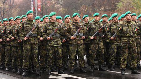 Armáda slibuje největší přehlídku ve střední Evropě. Na hodinu uzavře vzdušnýprostor