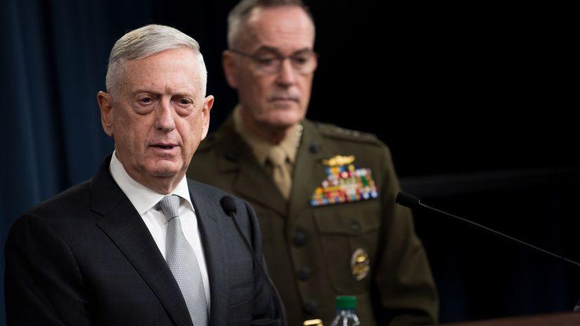 LN: Americký ministr obrany Mattis navštíví 28.října vojenskou přehlídku vČesku