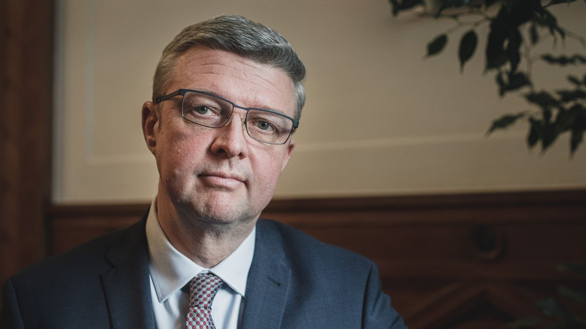 Má vzniknout Hospodářský krizový štáb, povede ho Karel Havlíček