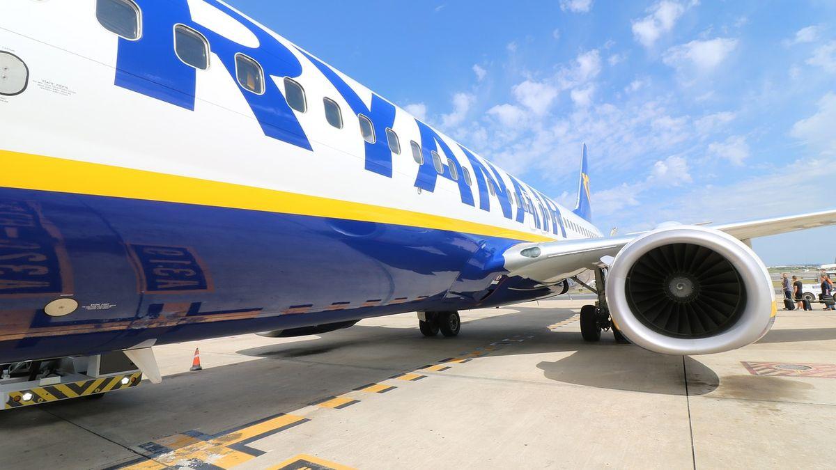 Cestující chtěli, aby jim Ryanair vrátil peníze. Kvůli tomu neodletí