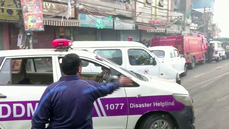Indické Dillí zachvátil požár, nejméně čtyřicet mrtvých