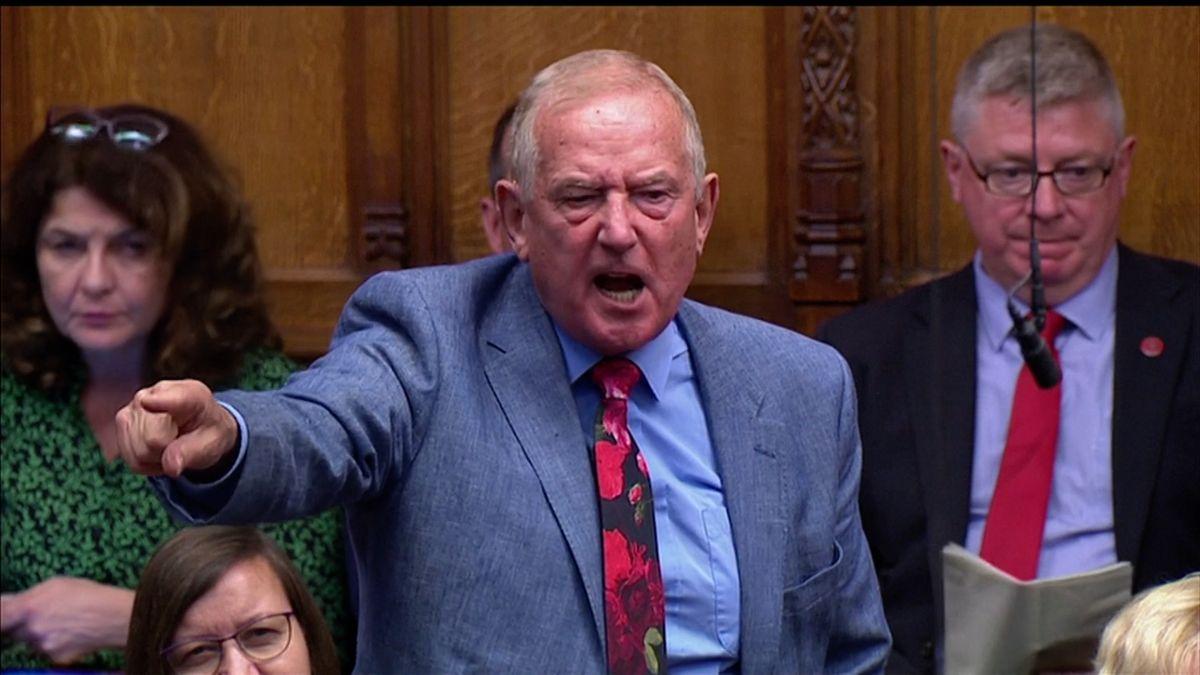 Přestaňte se ksobě chovat jako nepřátelé, vzkazuje britským poslancům šéf Dolní sněmovny Bercow