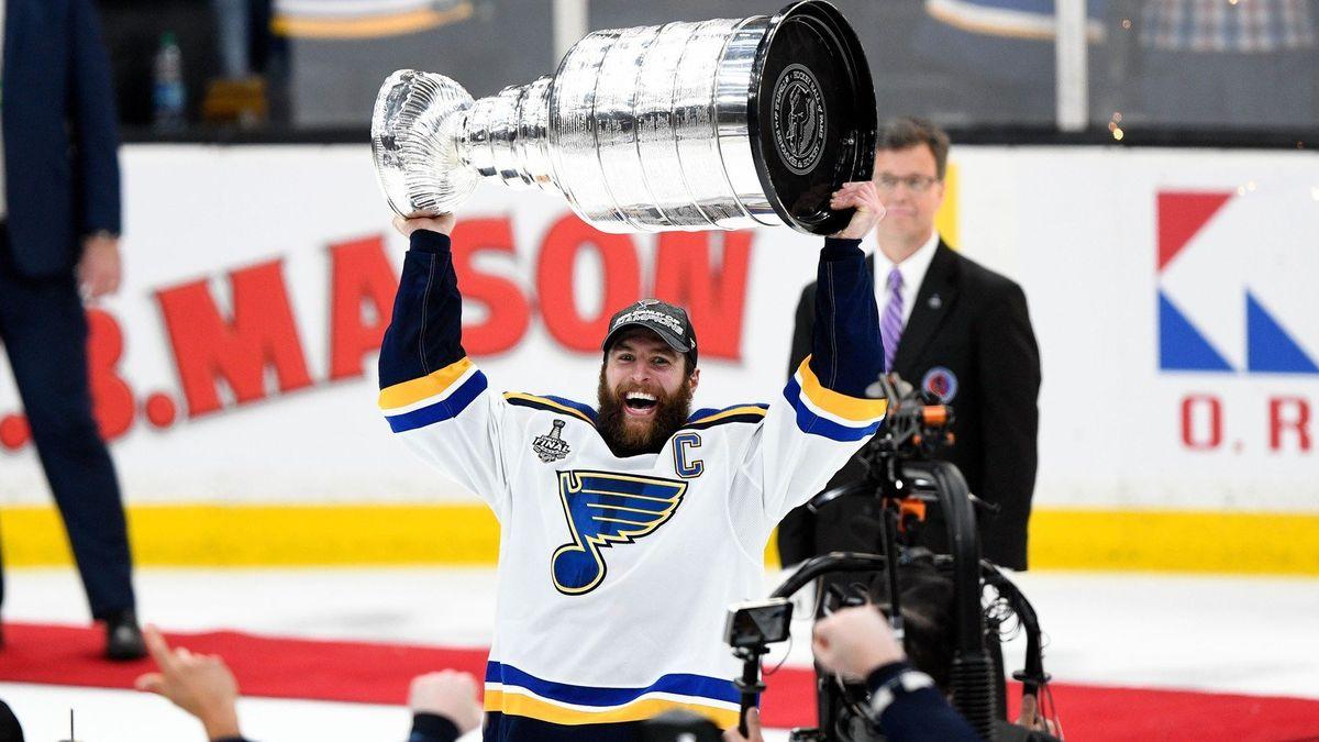 Stanley Cup má St. Louis. NHL žije obdivuhodným příběhem dávno odepsaného týmu