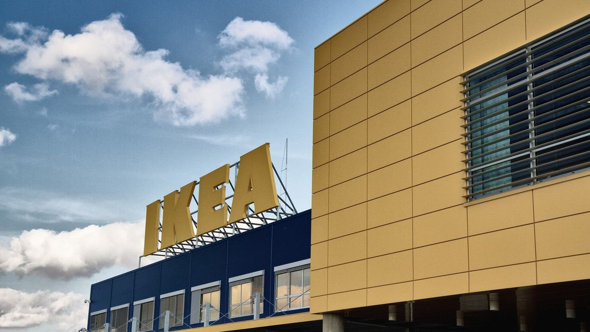 Ikea poručí slunci. Do pěti let zněj chce živit všechny obchody