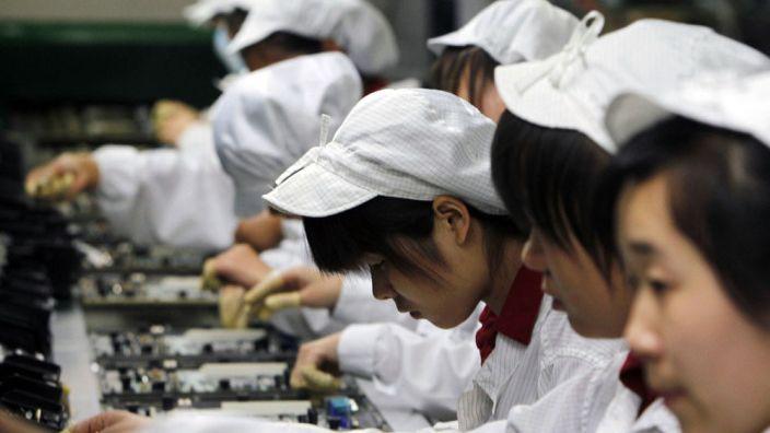 Čínská ekonomika rostla loni nejpomaleji za posledních 29let