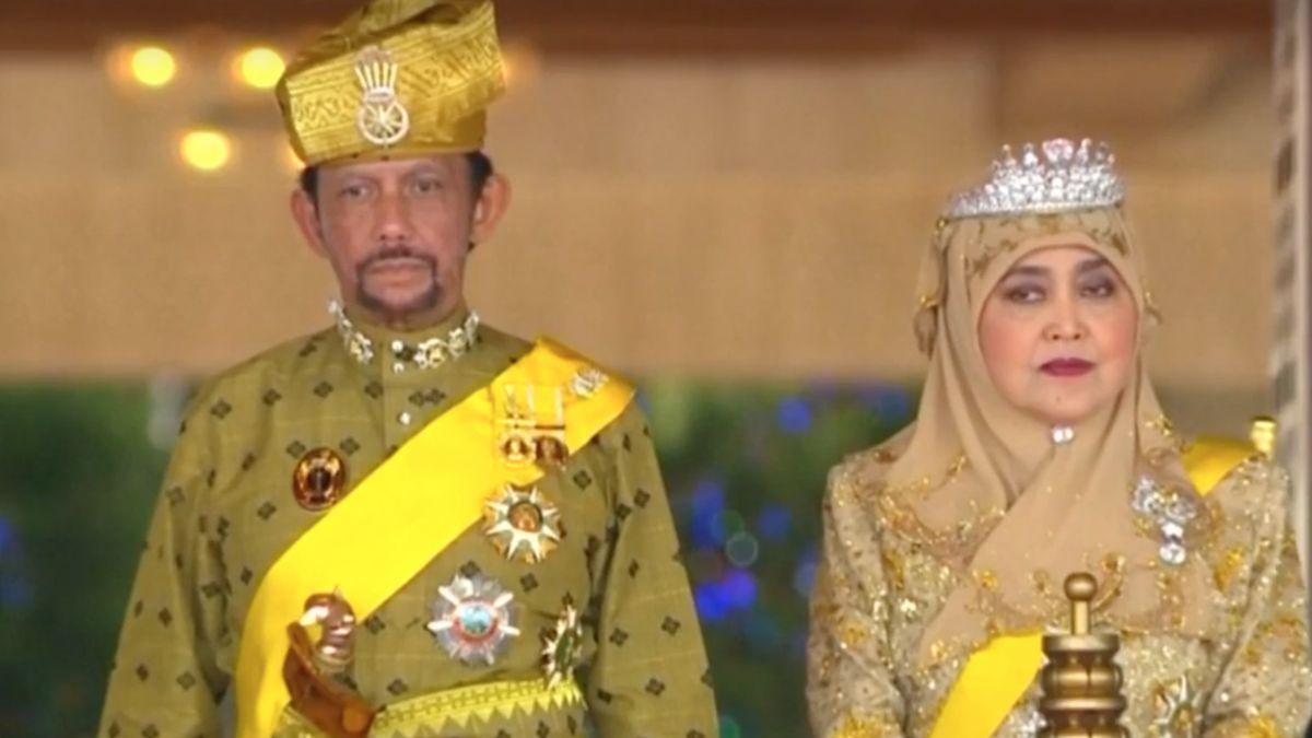 Po vlně kritiky brunejský sultán oznámil, že země nebude homosexualitu trestat smrtí