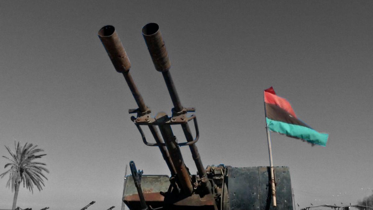Situace vLibyi se vyhrocuje, boje poblíž metropole si vyžádaly nejméně 21životů