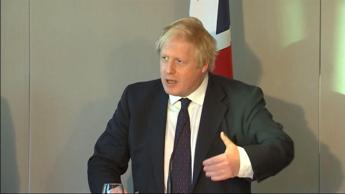 Johnson drtivě porazil konkurenci vprvním kole, zvolby nového premiéra Británie vypadli tři kandidáti