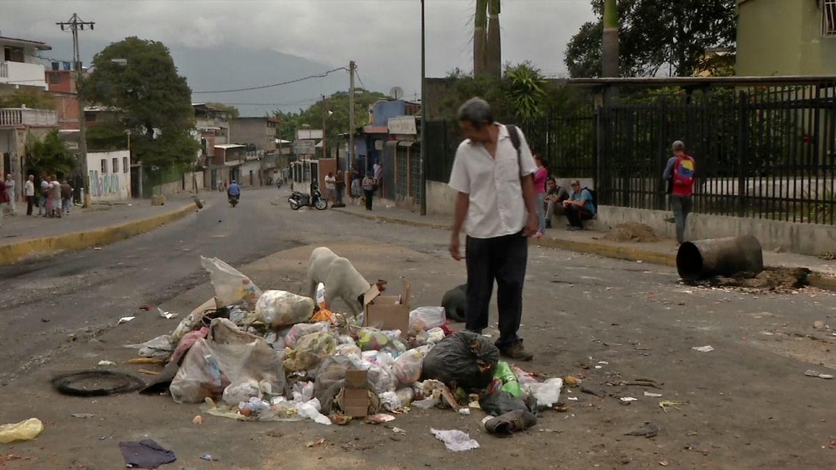 Maduro zavřel hranice sBrazílií. Izoluje zemi od humanitární pomoci