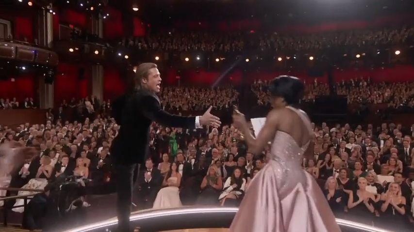 Sestřih zoscarové noci: Když si pro sošku šli Brad Pitt či Renée Zellwegerová