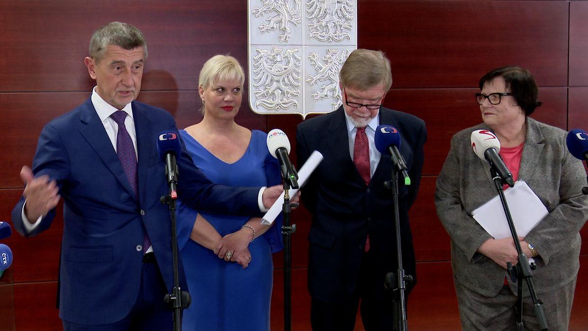 Nálet na Moravu. Jak kampaň štěpí Babišovu vládu a ČSSD je okrok pozadu