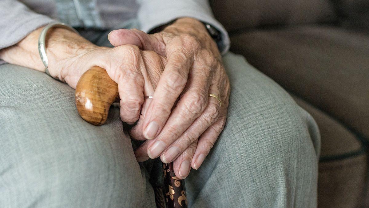 Černý scénář: Do penze v70a důchod 8000na měsíc