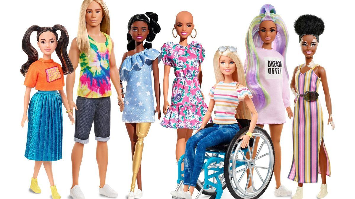 Barbie na vozíku nebo bez vlasů. Mattel ukazuje rozmanitost krásy