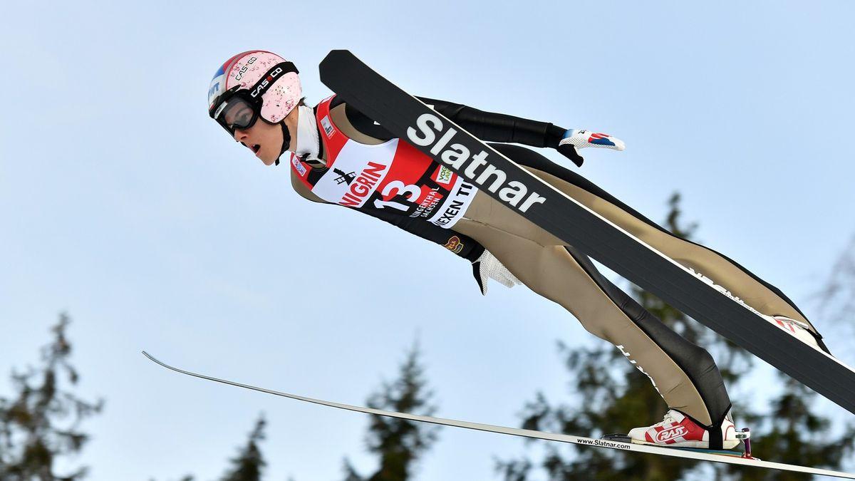 Slavná disciplína vstává zhrobu, vHarrachově už se opět skáče na lyžích