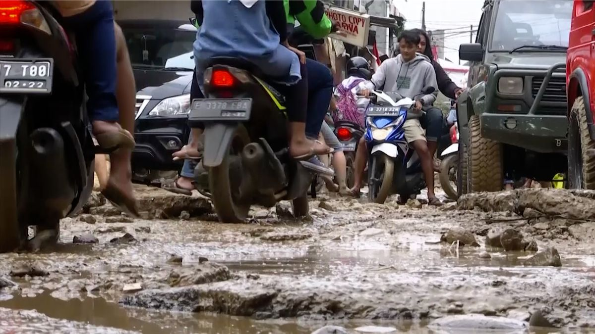 Indonésii zasáhly přívalové deště. Během záplav zemřelo 53lidí