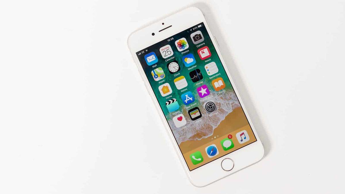 Nový levný iPhone přijde za pár dnů. Ponese označení SE