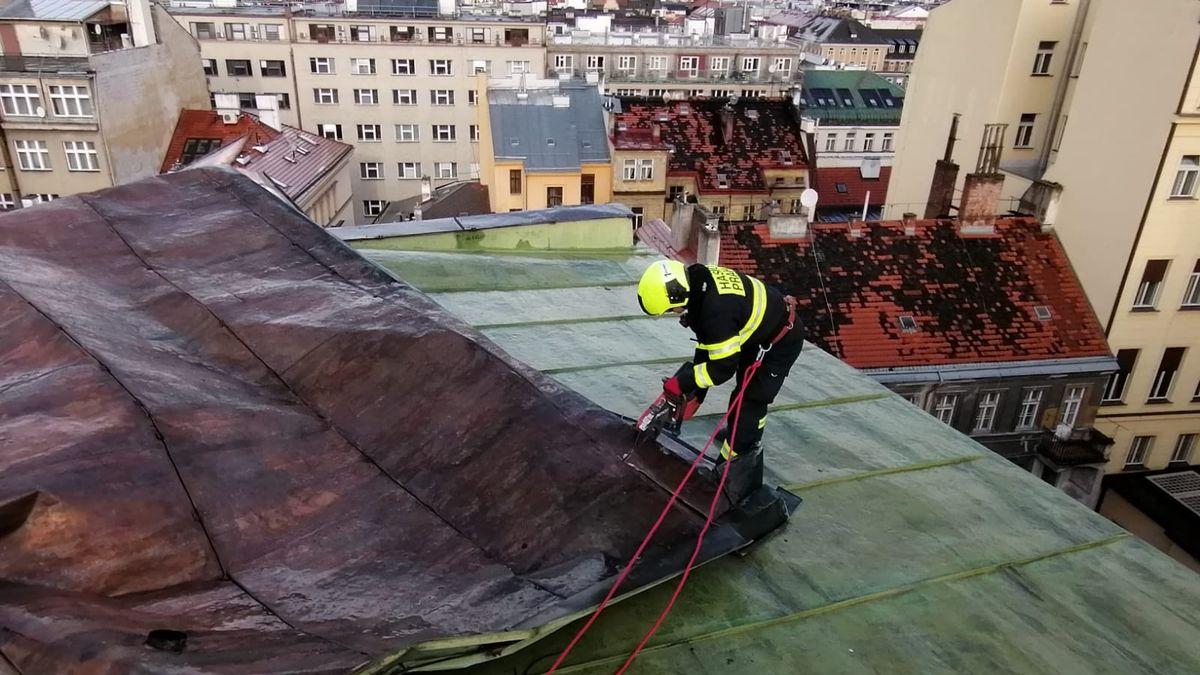 Orkán Sabine napáchal škody za 590milionů, sečetly pojišťovny