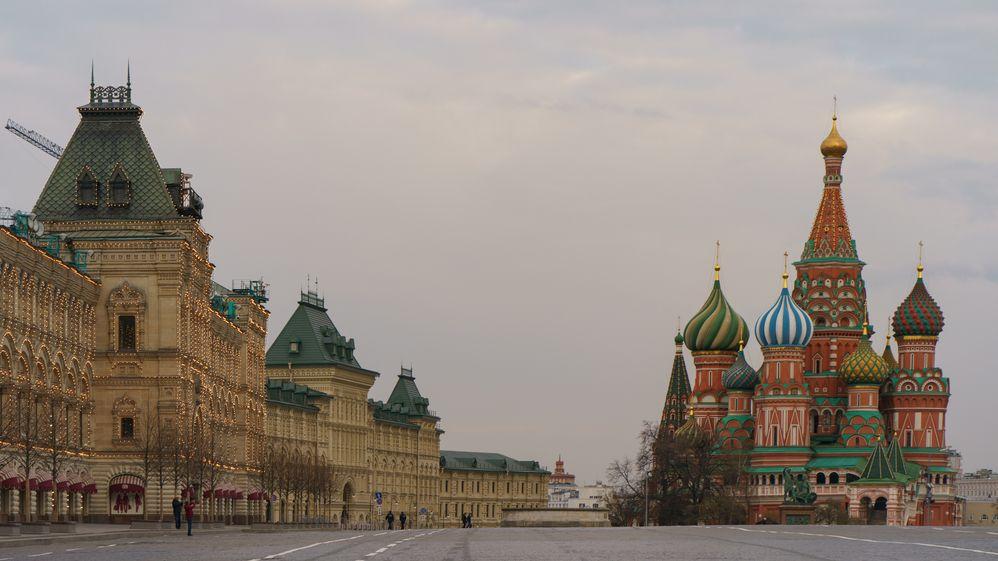 Ruska chce adoptovat kamarádku. Jinak by strávila zbytek života vústavu