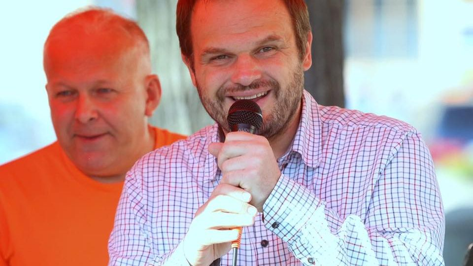 Rituální popravy předsedů nic neřeší, říká Šmarda. Sám ale zvedení odchází