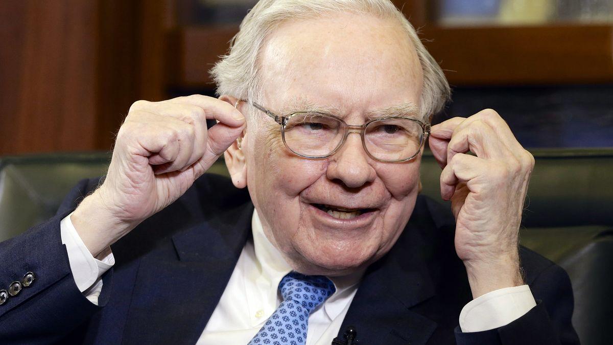 Warren Buffett utrácí za akcie Verizonu. Jiných podílů se zbavuje