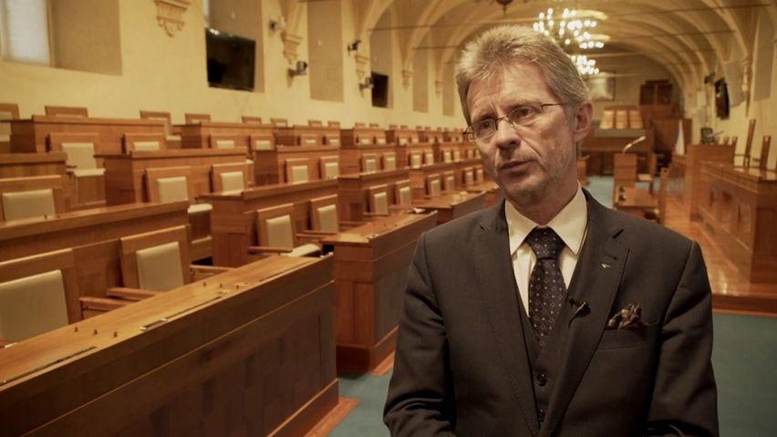 Senát schválil pozastavení EET na stav nouze a tři další měsíce