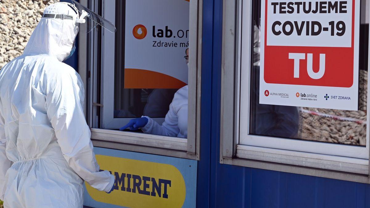 Na Karvinsku musí zůstat některé restrikce kvůli epidemii vDarkově